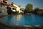 Отель Lopburi Inn Resort