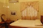 Отель Lake Palace Family Resort Kumarakom