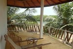 Отель Coconut Island