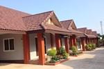 Отель Benwadee Resort