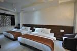 Отель Hotel Shri Sai Manish