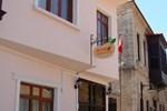 Гостевой дом Mango Pension Hostel