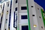 Отель Parkland Hotel