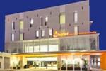 Отель J Hotel - Bandara Soekarno Hatta
