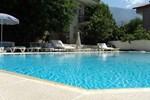 Отель Club La Perla Hotel
