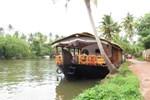 Отель Backwater Retreat House Boats