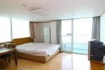 Отель Chungmu Kumho Resort