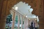 Hotel Karan Villas