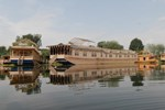 Отель Khilona Group of Houseboats