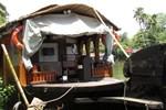 B 4 You Houseboats