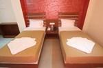 Отель Hotel Urmee