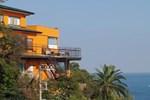 Отель Beach Commune Simploose