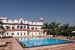 Отель Laxmi Vilas Palace