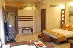 Отель Hotel Shreemaya RNT Marg