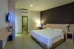 Отель Cordela Hotel Medan