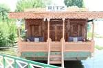 RITZ Houseboats