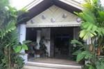 Отель Hotel Mandala Puri Malang
