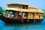 Desire Cruises Houseboat
