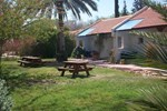 Отель Kibbutz Tze'elim Country Lodging