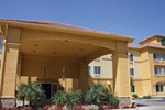 La Quinta Inn & Suites Visalia Sequoia Gateway