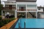 Отель The Mangrovecave Hotel