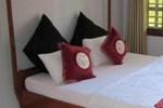 Отель Chaplins Hotel
