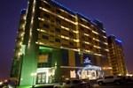 Апартаменты Sanam Hotel Suites