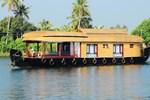 Отель Sreekrishna Houseboat