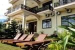 Отель Lakeside Chheng Lok Hotel