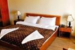 Отель Hotel Reenam