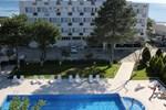 Отель Konuk Hotel