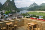 Хостел Yangshuo Show Biz Youth Hostel
