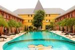 Отель Thada Chateau Hotel