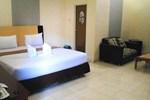 Отель Eljie Hotel