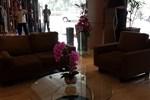 Отель Orchardz Hotel Bandara