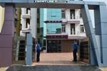 Отель Frontline Residency