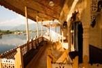 Kharpalace Group of House Boat