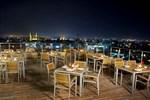 Отель Karbala Rayhaan by Rotana