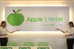 Apple 1 Hotel Gurney