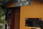 Гостевой дом Happy Hut Guesthouse