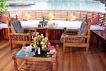 Отель Skylark House Boats