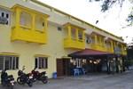 Отель Hotel Maheshwari