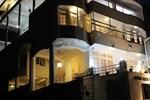 Kanda Uda ( Hotel Kandy Paris)