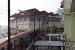 Отель Samrat Regency