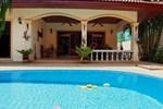 Вилла Coconut Paradise Villas