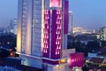 Отель Hotel Santika Premiere Gubeng Surabaya