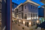 Отель The Million Stone Hotel