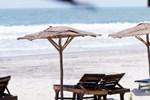 Отель Palm Grove Beach Resort