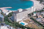 Отель Resort Hotel Laforet Nankishirahama