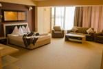 Отель Hotel Oxford Inns&Suites